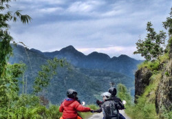 The Hidden Paradise-  Sikkim Motorcyle Tour